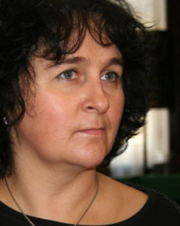 Anna Apostolakis-Gluzińska